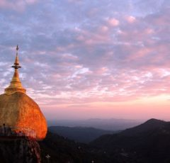 Myanmar-pagoda-golden-rock