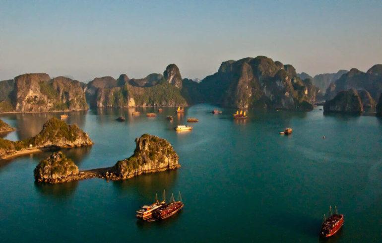 Vietnam-Bahia-de-Halong